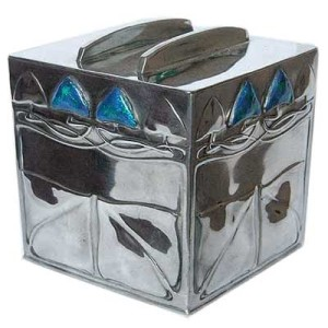 Arts & Crafts Tudric pewter and enamel Liberty & Co biscuit box by Archibald Knox (2)