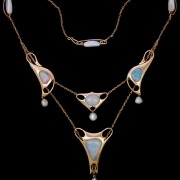 Gold necklace model 8266