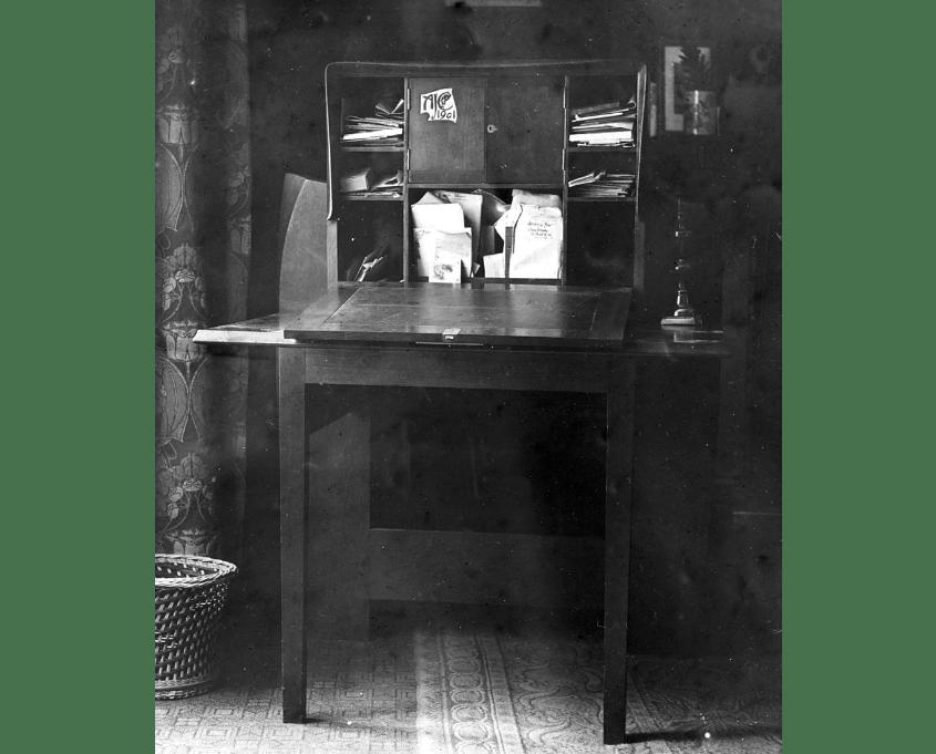 Photo of desk 1