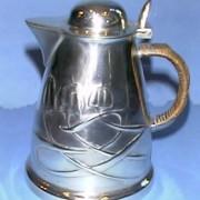 Pewter jug model 0958