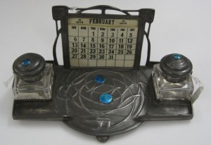 Inkstand with enamels